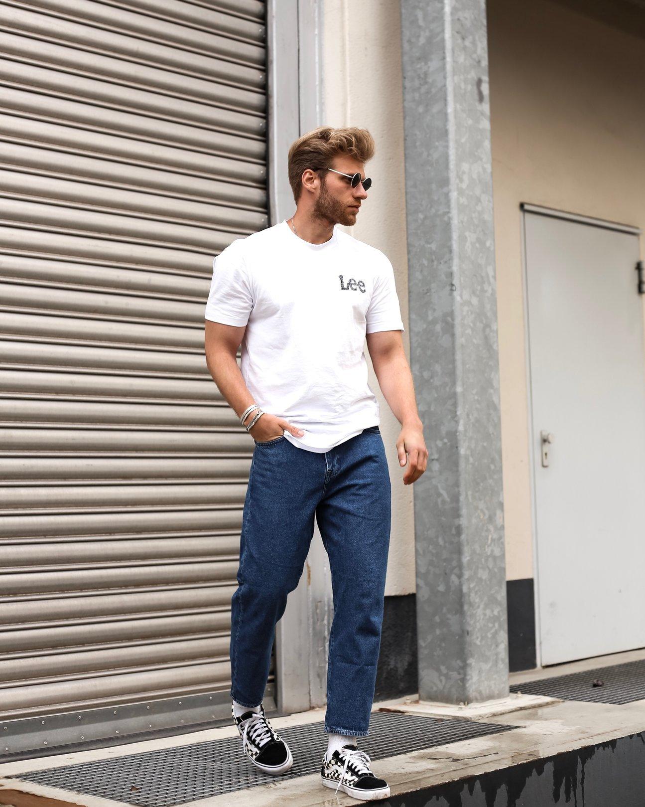 Tshirt ανδρικα με στάμπες | λευκα μπλουζακια | logo tshirts | με τυπωμα