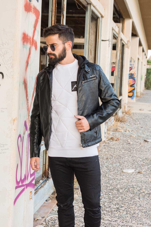 Απογείωσε το look σου με το leather jacket σου