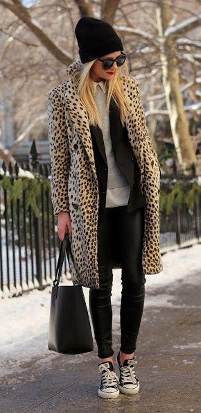 Ενα παλτό με μοτίβο είναι ο έρωτας των γυναικών!