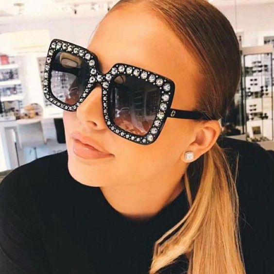 Μεγάλα γυναικεία γυαλιά ηλίου άνοιξη 2020