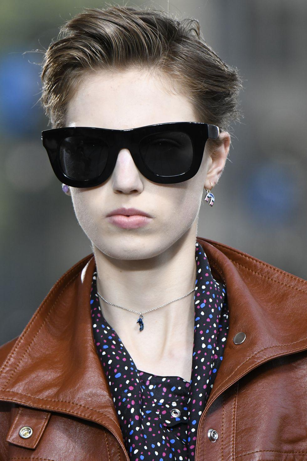 Γυναικεία γυαλιά ηλίου ρέτρο τετράγωνα επανέρχονται