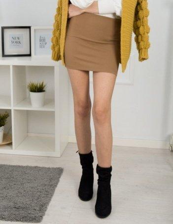 Δώσε βάση στους συνδυασμούς της μίνι φούστας σου!