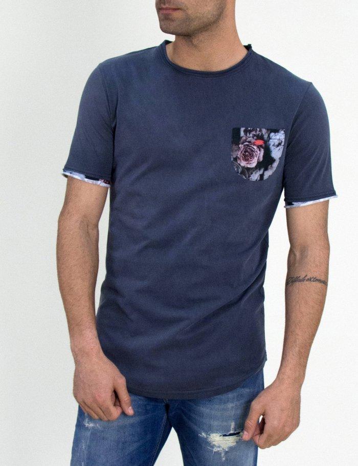 Tshirt με φλοράλ τσεπάκι