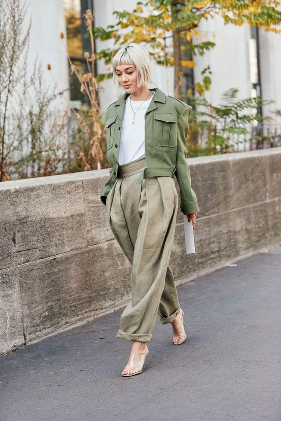 Φετος θα λατρέψεις το γήινο πράσινο σε όλα σου τα ρούχα, τόλμησε το!