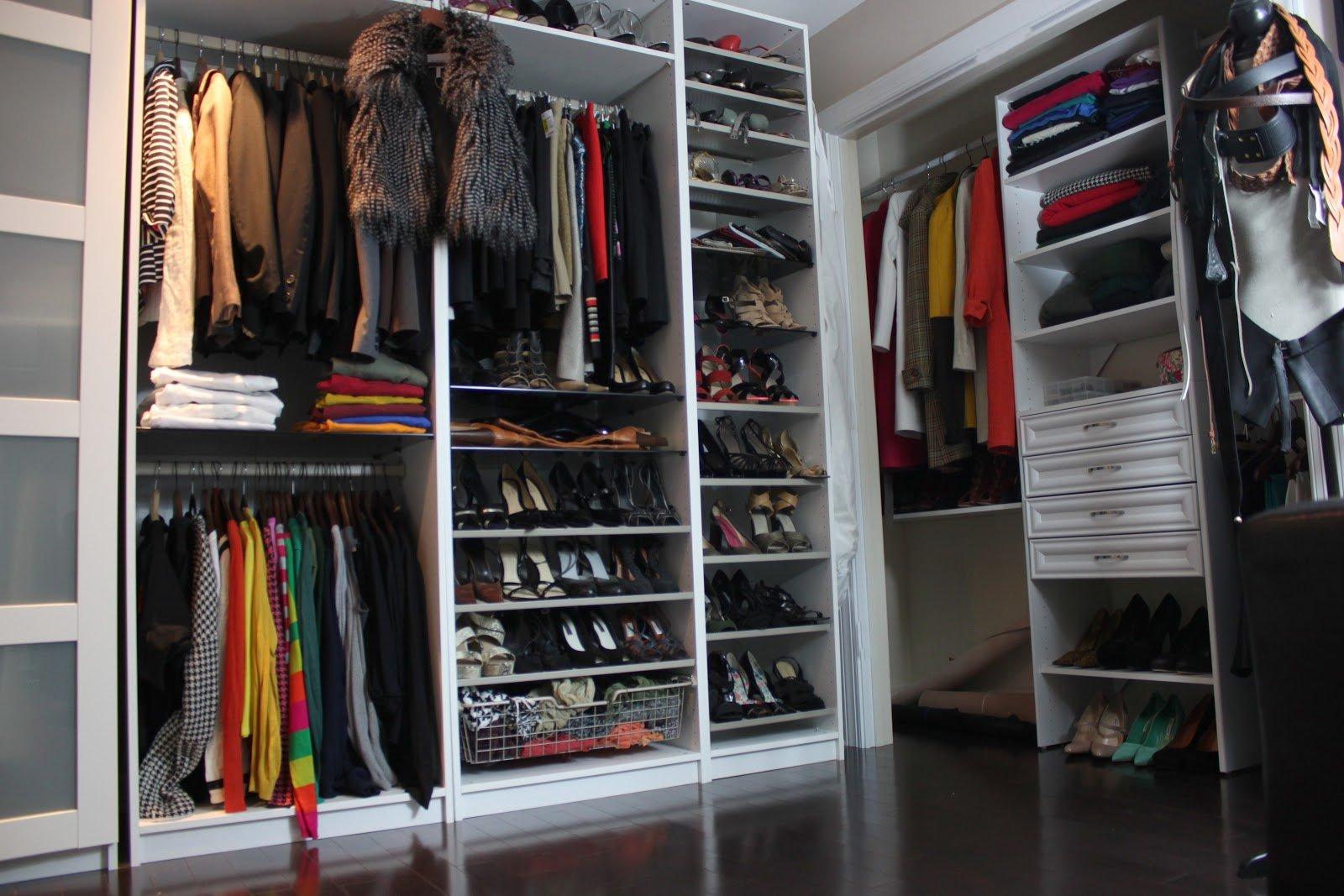 Πως να οργανώσεις σωστά τα ρούχα στην ντουλάπα σου.