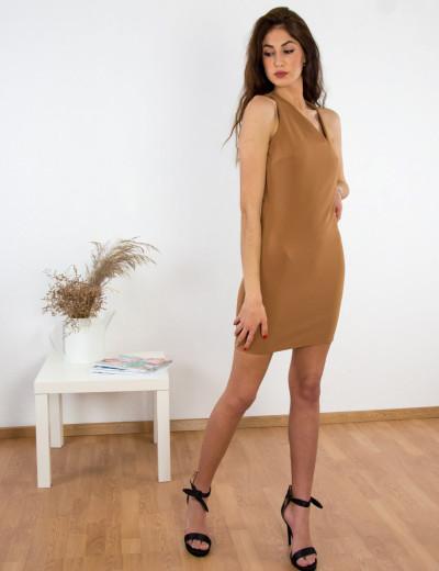 Γυναικείο καφέ ανοιχτό φόρεμα ασσύμετρο ντεκολτέ εξώπλατο χιαστί 014300010Q
