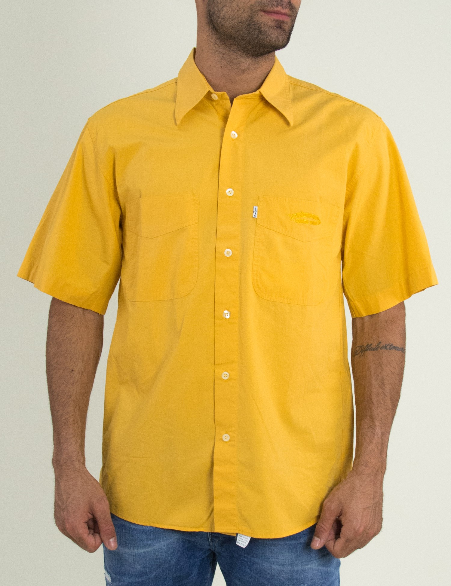 548ae0ab48d2 Ανδρικό κοντομάνικο πουκάμισο Levis κίτρινο 69356