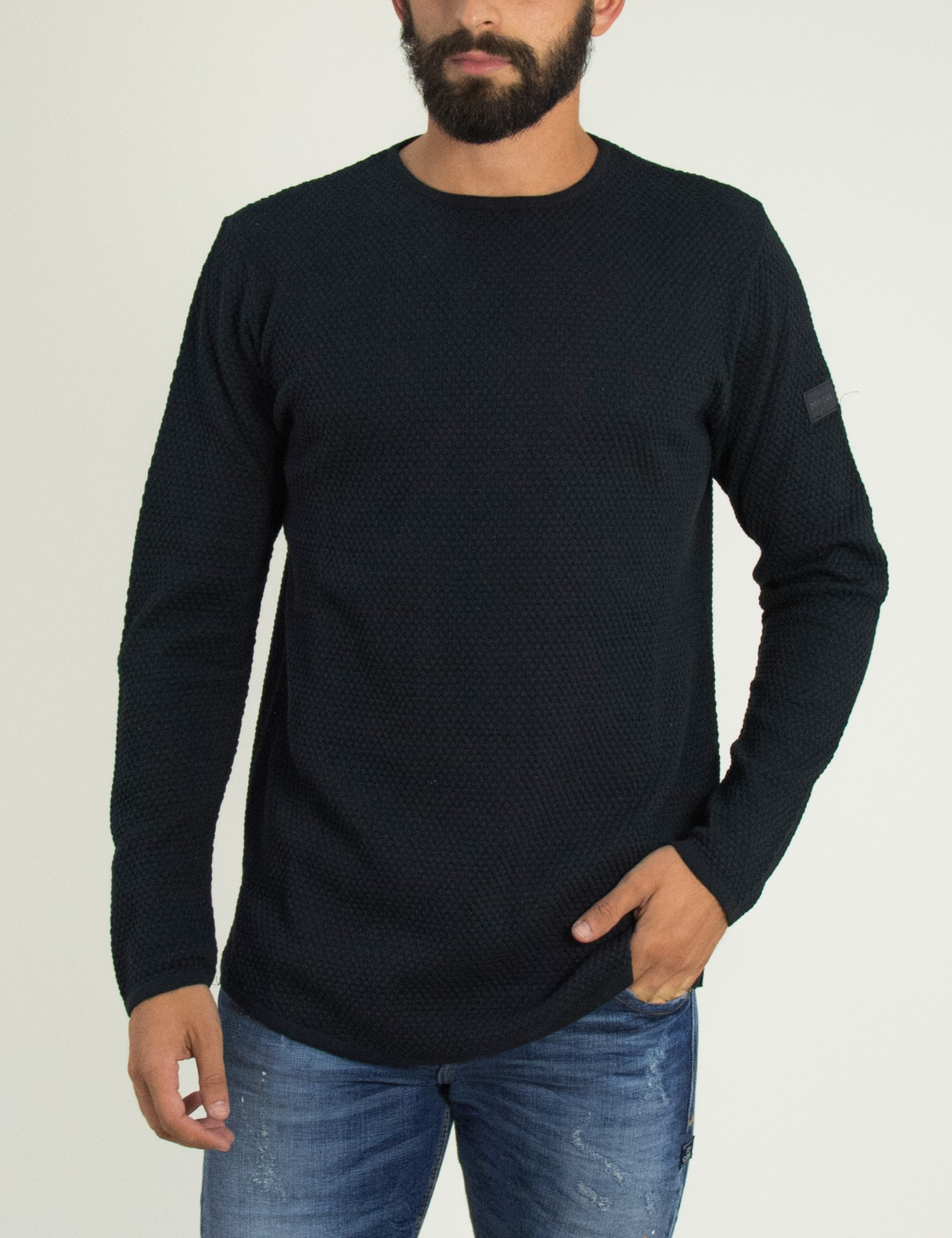 909f2d99814e Ανδρική μαύρη πλεκτή μακρυμάνικη μπλούζα μονόχρωμη Darius 1805