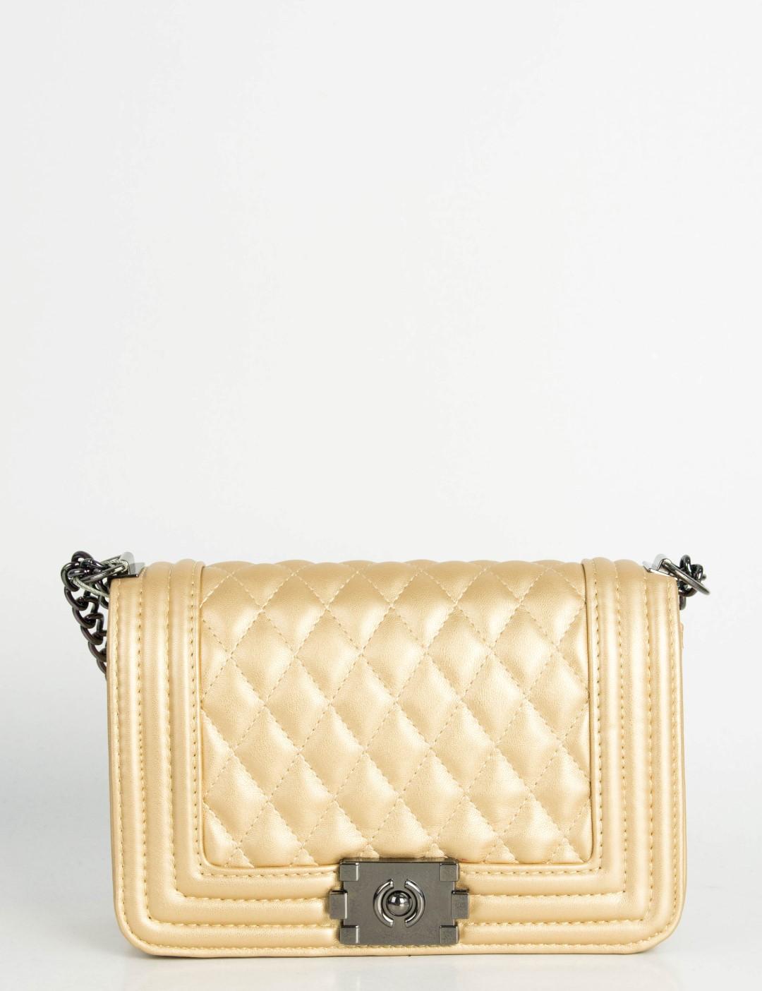 6ef69fee82 Γυναικεία χρυσή καπιτονέ τσάντα ανθρακί αλυσίδα M7836N