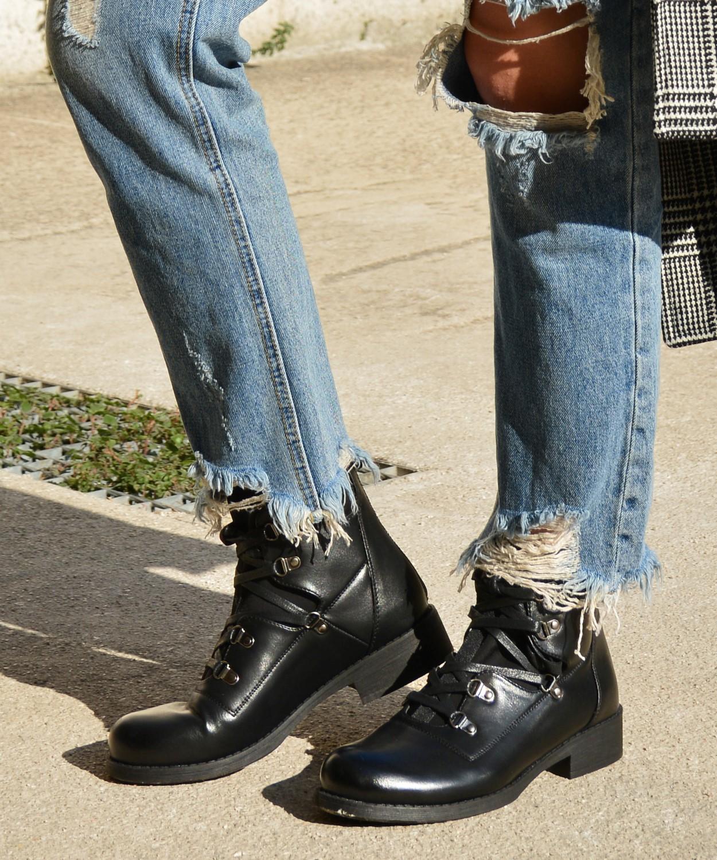 680446c1f7b Γυναικεία χαμηλά μποτάκια με κάλτσα μαύρα LBS2952R   oeek.gr