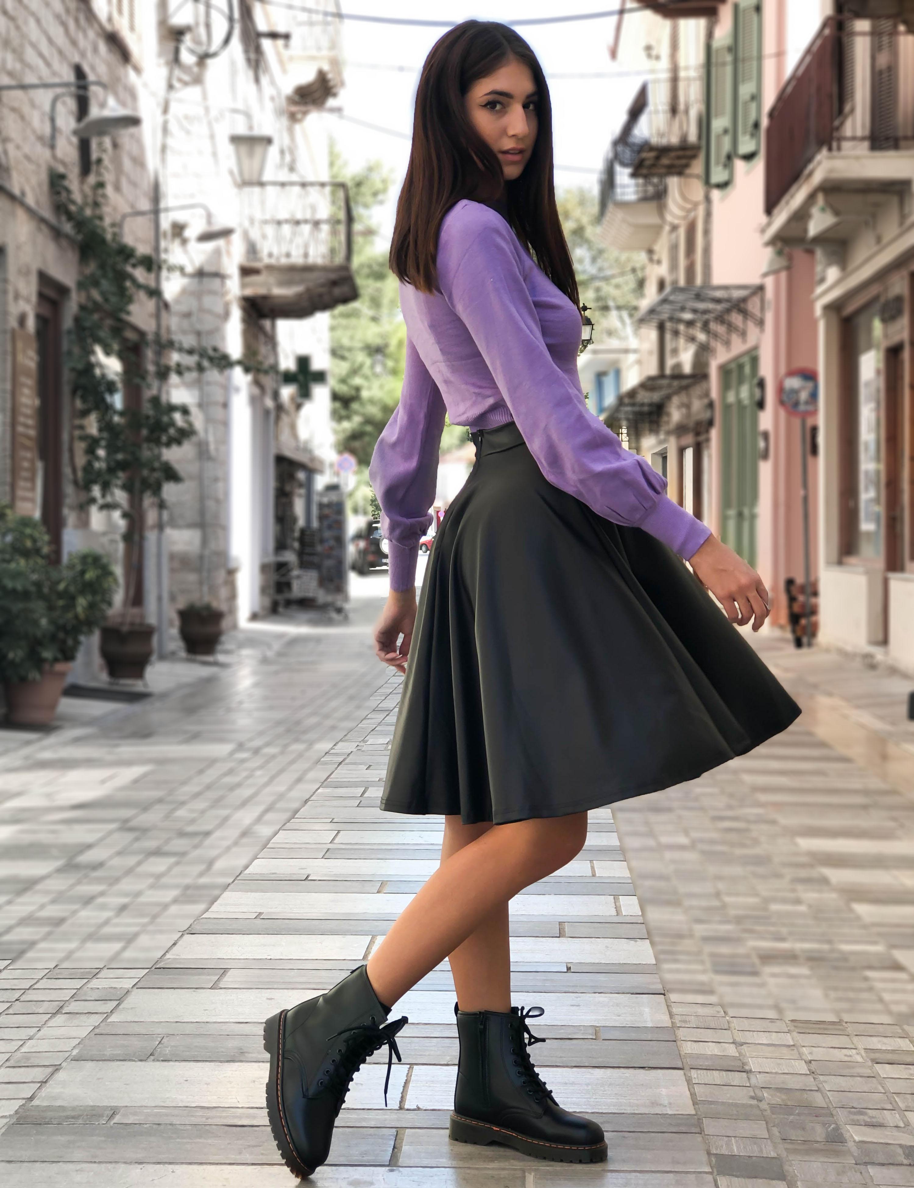 Γυναικεία μαύρη κλος φούστα δερματίνη midi Benissimo 17028